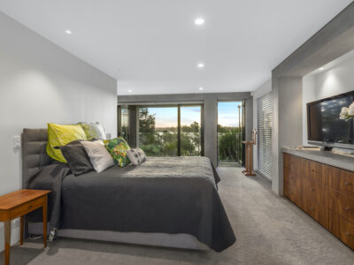011_Open2view_ID462752-274_Hurstmere_Road